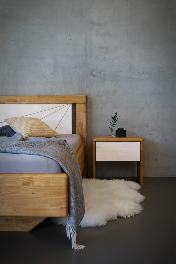 Tento model navíc navozuje pocit levitující postele. Oblé hrany pak přispívají k celkovému komfortu při vstávání.