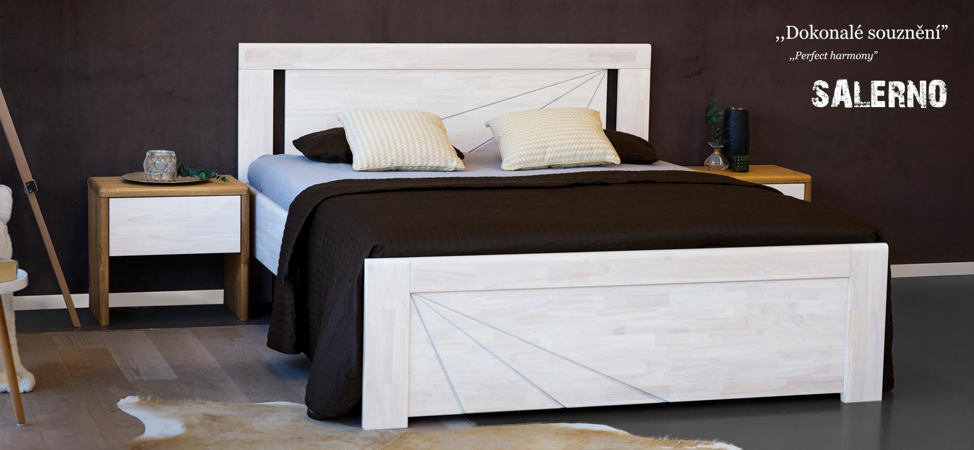 Masivní postel SALERNO nabízí zajímavý design od mladých architektů. Vyšší ložnou plochy a možnost umístění úložného prostoru nebo úložného boxu přímo pod postel.